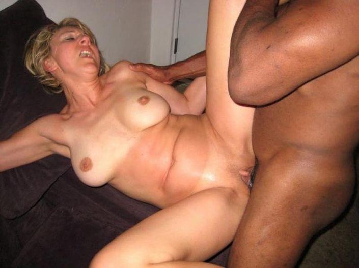 Домашнее порно горячего порева сочных телок в разных позах