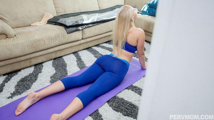 Спортивной мамашке пришлось отстрачивать толстую елду после гимнастики