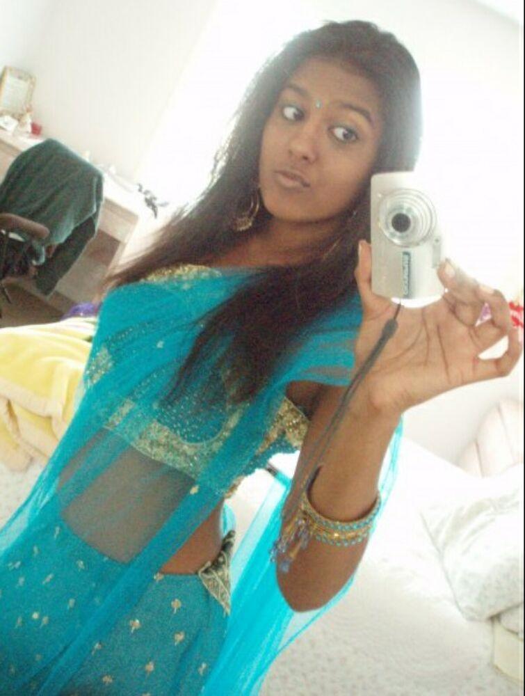 Реальные индийские голые девушки которые не стесняются своего роскошного тела